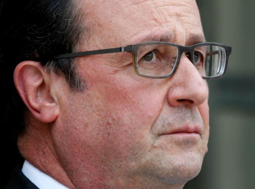 The French President has  apologised his country's abandonment of Harki volunteer fighters during Algerian War. Tens of thousands were massacred