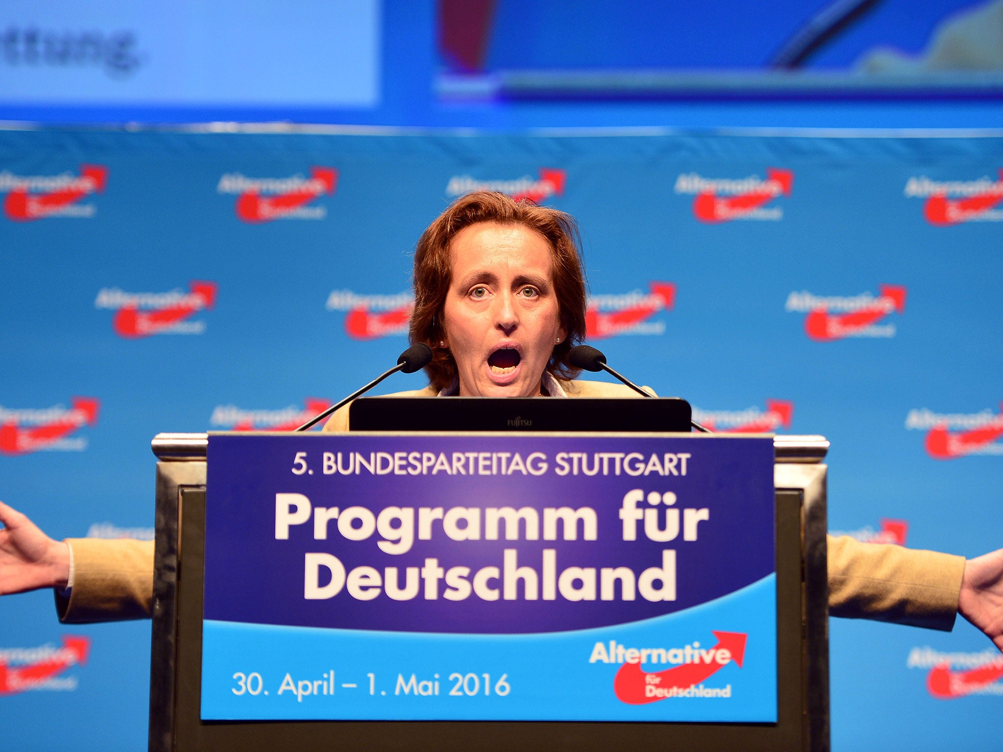https://static.independent.co.uk/s3fs-public/thumbnails/image/2016/05/02/00/beatrix-von-storch-afd-getty.jpg