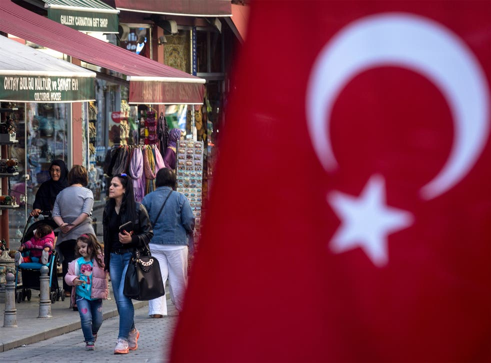 The European Commission is expected to recommend granting Turks with visa free travel in Europe's Schengen zone