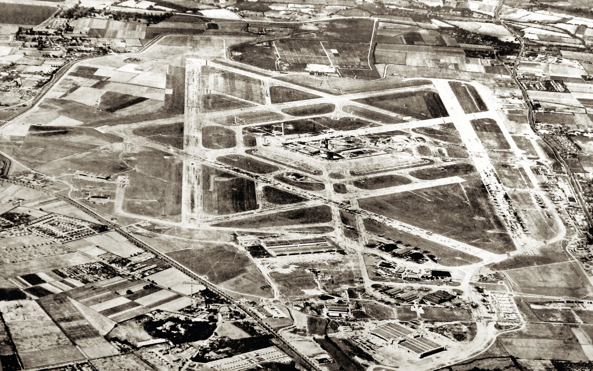 An aerial view of the airport in 1949