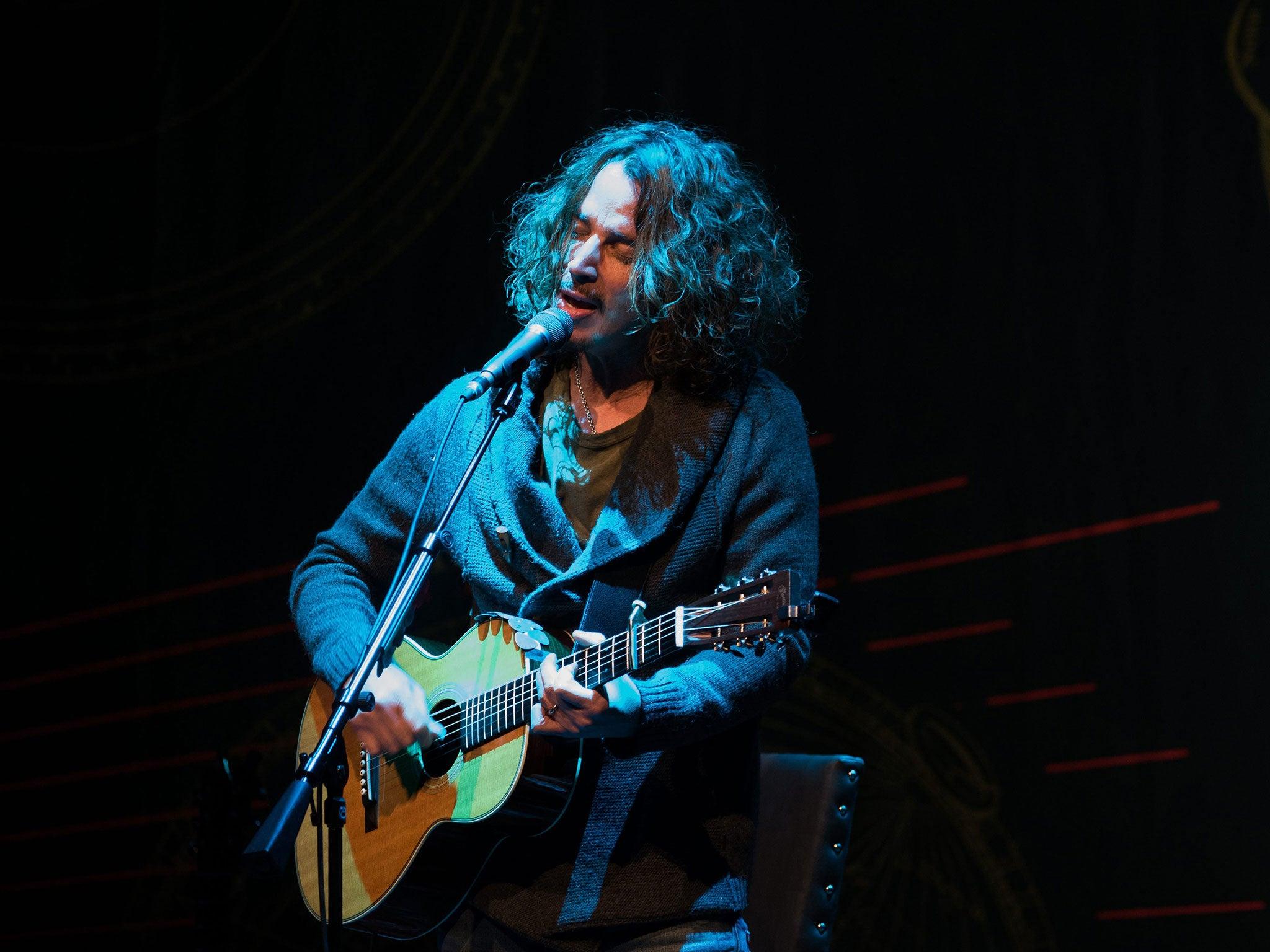 Chris Cornell Dead Video From Singers Last Gig With Soundgarden At Tom Morello Guitar Wiring Diagram The Fox Theatre In Detroit Emerges Online Independent