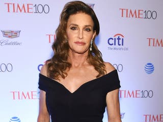 Caitlyn Jenner will reportedly pose naked on Sports