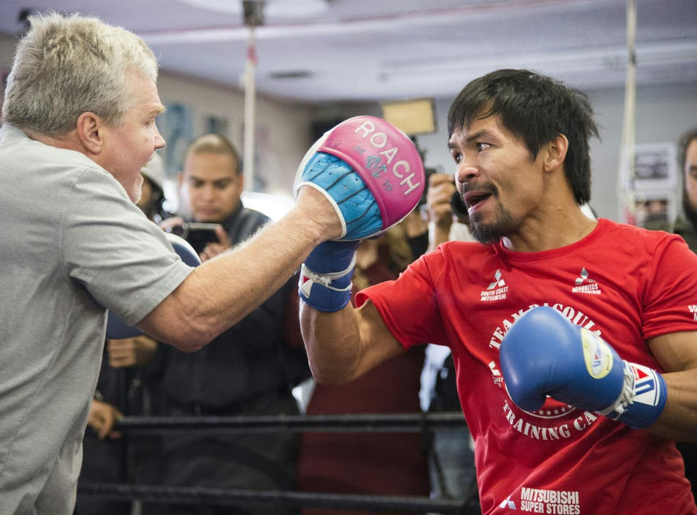 Freddie Roach trains Manny Pacquiao at his Wild Card gym