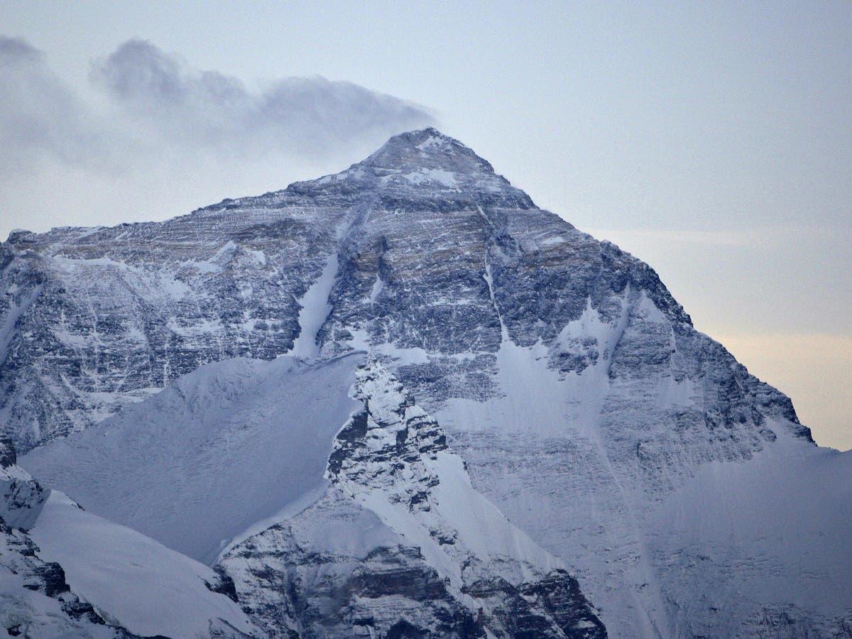 Mount Everest isn't actually the world's tallest mountain