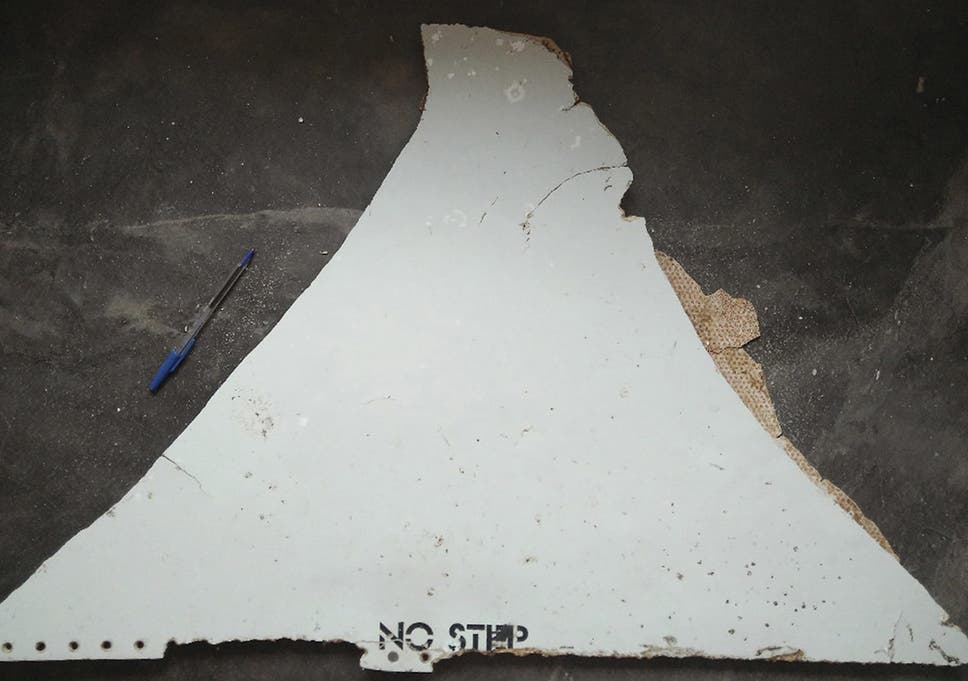 Flight MH370: South Africa and Mauritius debris 'almost