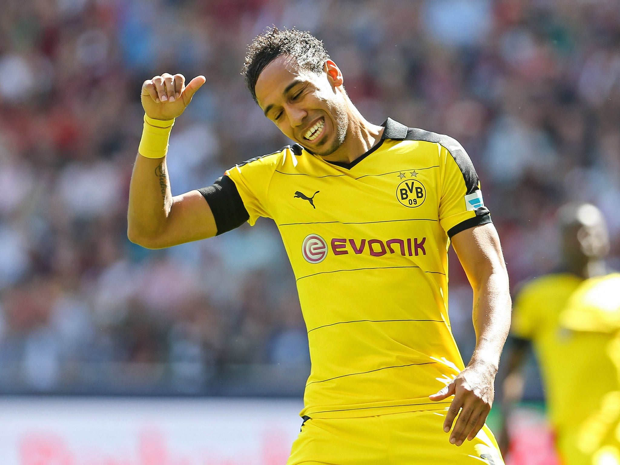 Pierre Emerick Aubameyang to Arsenal Gabon team mate Daniel