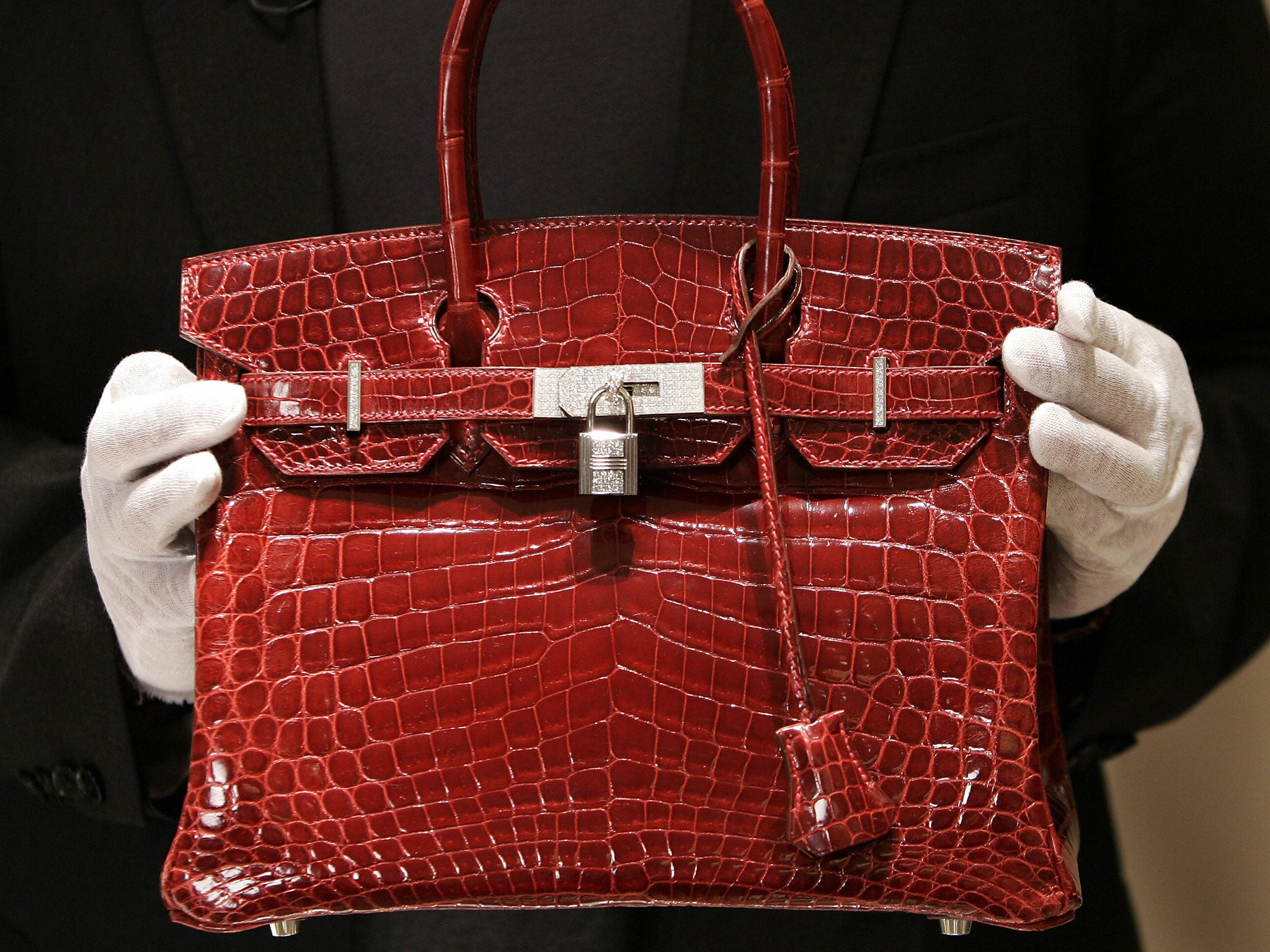 A Hermes Birkin Bag Is Better Investment Than Stocks Or Gold