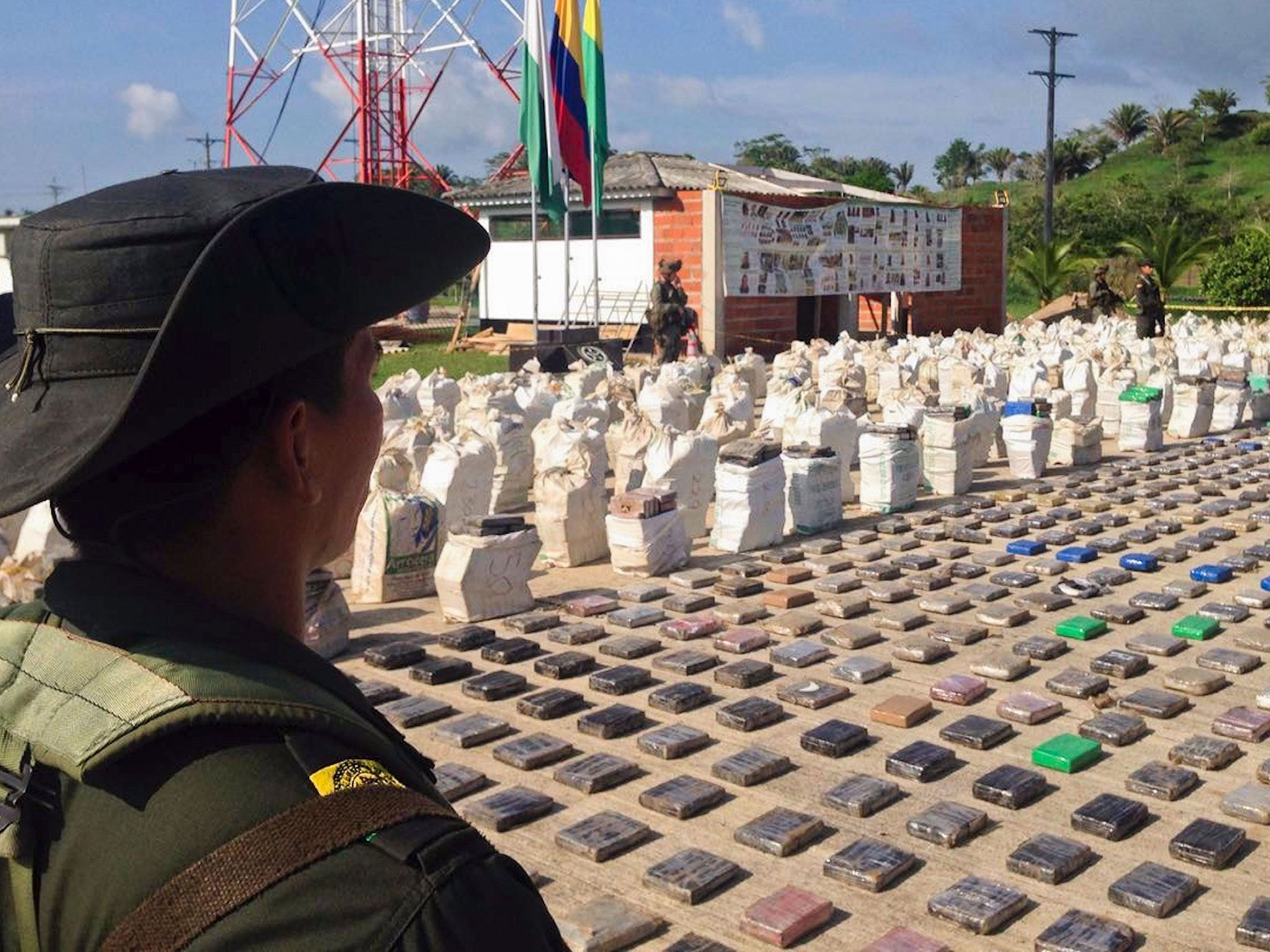 Colombia Seizes Eight Tonnes Of Cocaine Worth 163 167m Near