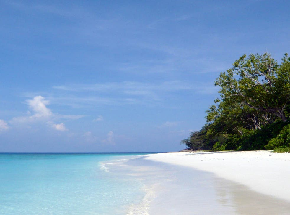 Tachai Beach on the island will not re-open on 15 October 15 after the monsoon season is over