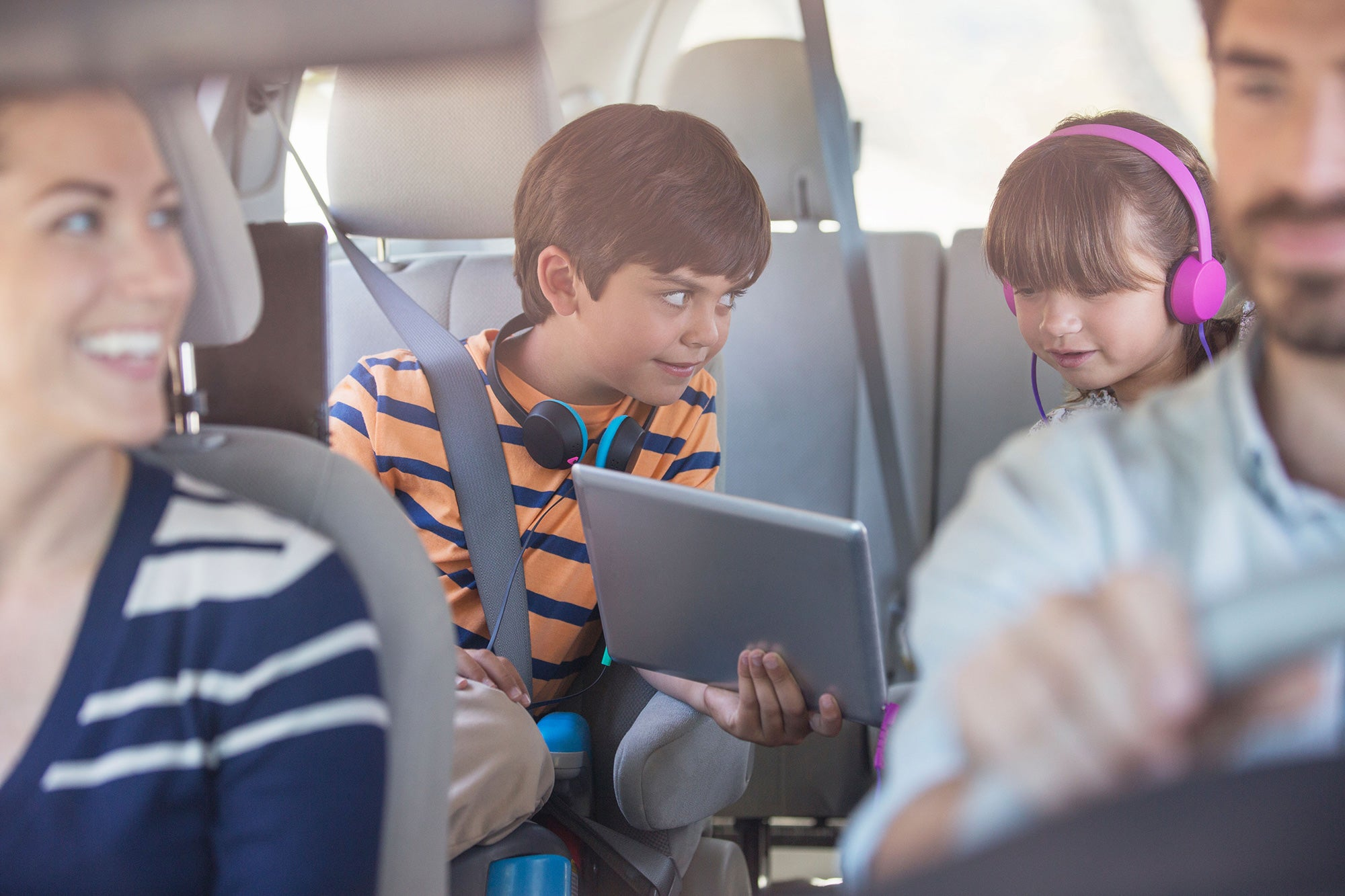 8 things you should never do on long car journeys with kids   The