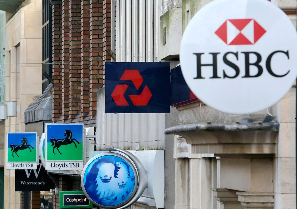 Hsbc Plans To Move 1000 Jobs To Paris Due To Brexit The Independent