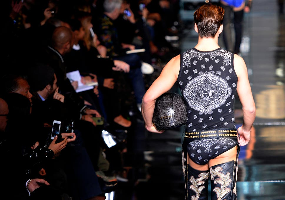 ba1b2ea50 A rear view  The Versace Autumn Winter 2014 collection showed some cheek