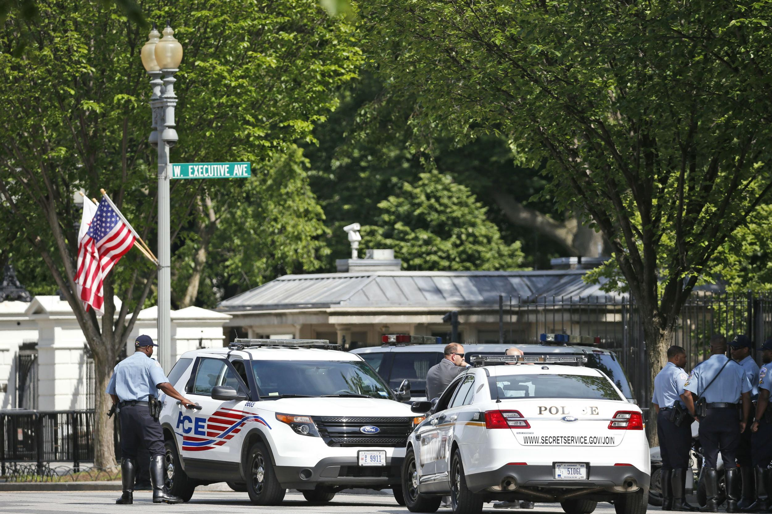 Suspect in custody after active shooting at the White House
