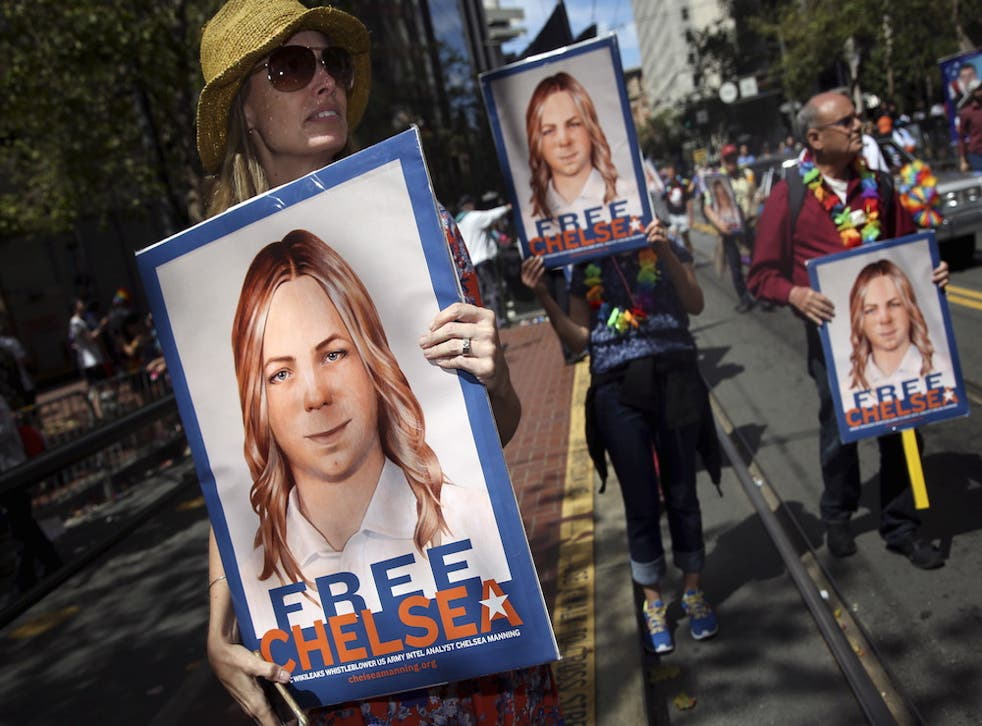 Protesters call for Chelsea Manning's release