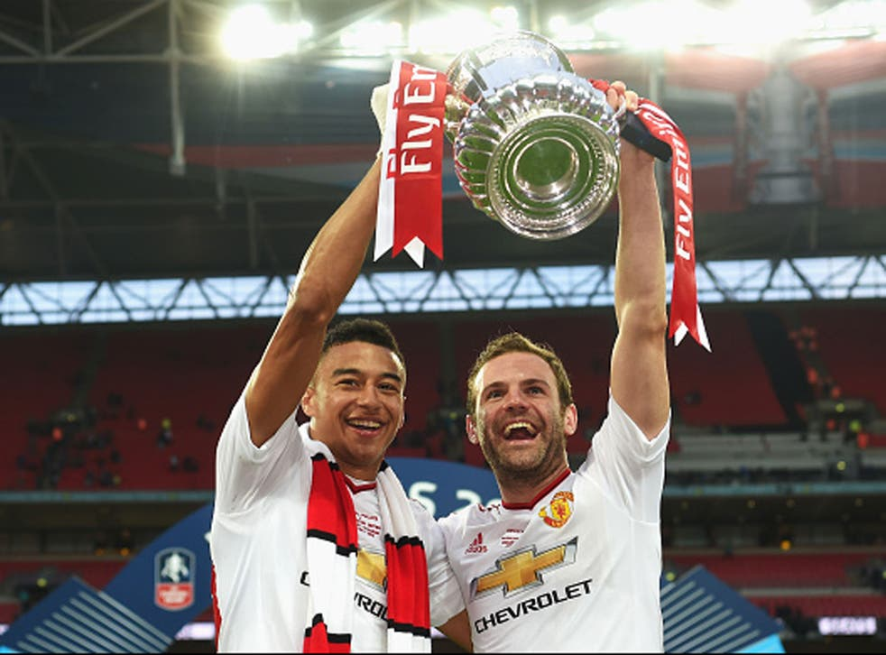 Juan Mata and Jesse Lingard scored to earn Manchester United a 2-1 victory over Crystal Palace at Wembley (Getty)