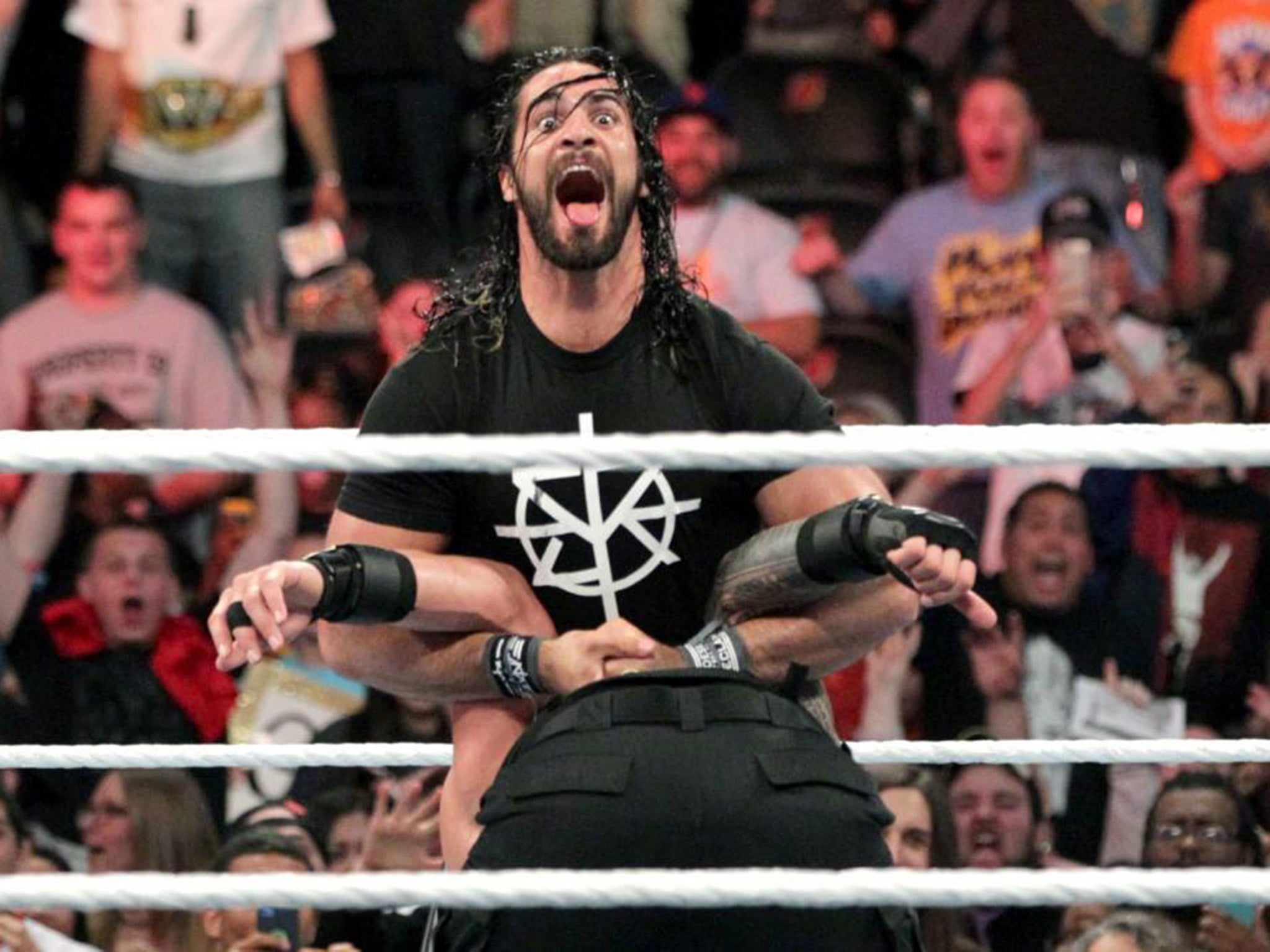 Wwe extreme rules results 2016 seth rollins returns to pedigree roman reigns after he defeats aj styles the independent