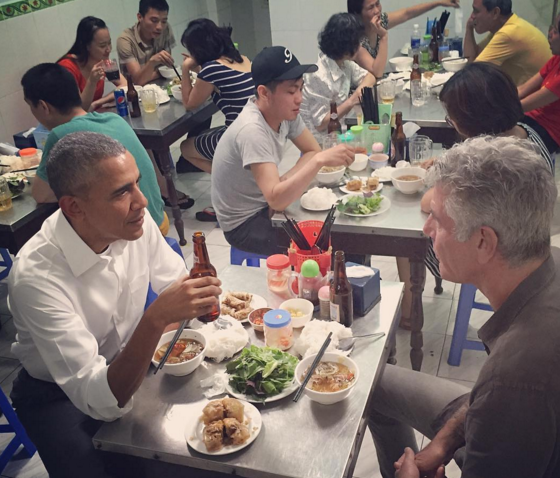President Obama had dinner in Vietnam. It cost $6.