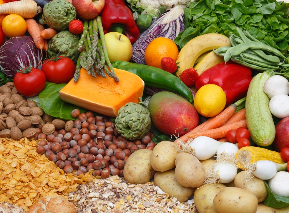 Public Health England recommends a diet based on whole grains and 5 portions of fruit and vegetables per day