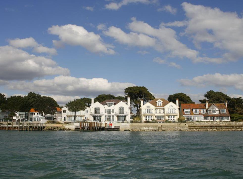 Sandbanks In Dorset Named As The Uk S Most Expensive Seaside Town The Independent The Independent