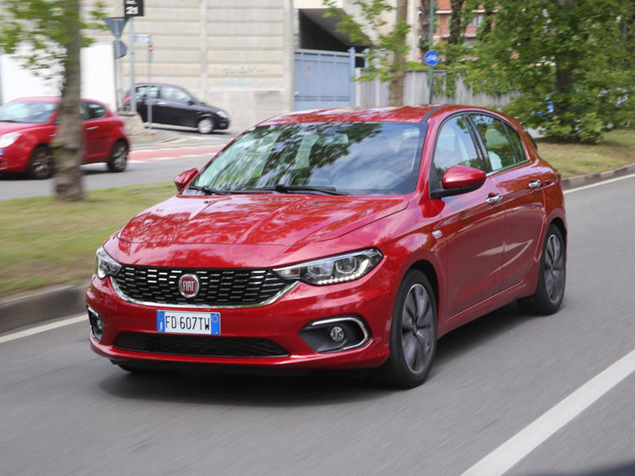fiat tipo 1 4 t jet lounge car review new hatch promises value and practicality the independent. Black Bedroom Furniture Sets. Home Design Ideas