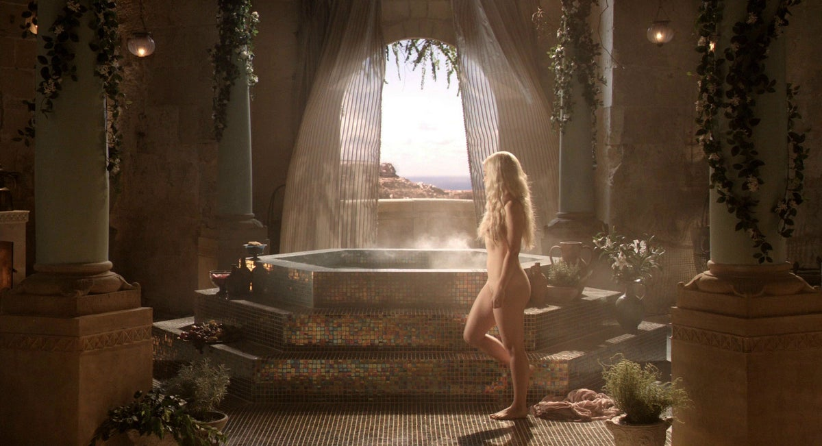 Game of thrones nudes scenes porn hub Game Of Thrones Takes Action Against Pornhub Over Nude Scene Rips The Independent The Independent