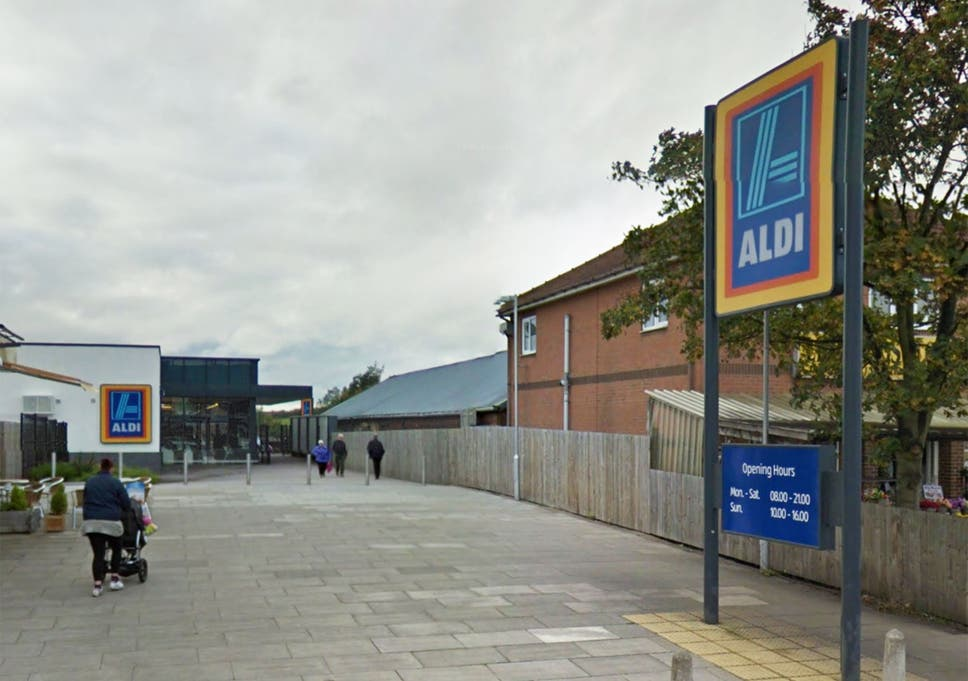 Police spend 5 hours hunting for 'man stuck in vent' at Aldi in