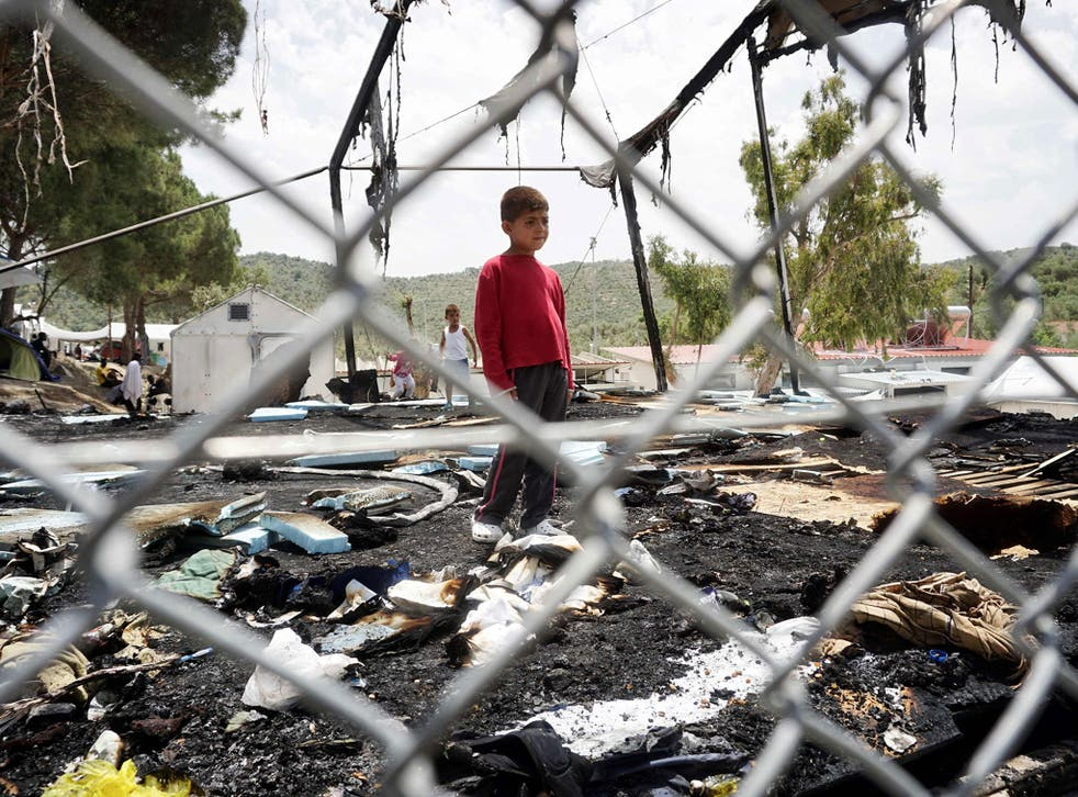Clashes and a huge fire broke out at the Moria detention camp on the Greek island of Lesbos, leaving tents torched