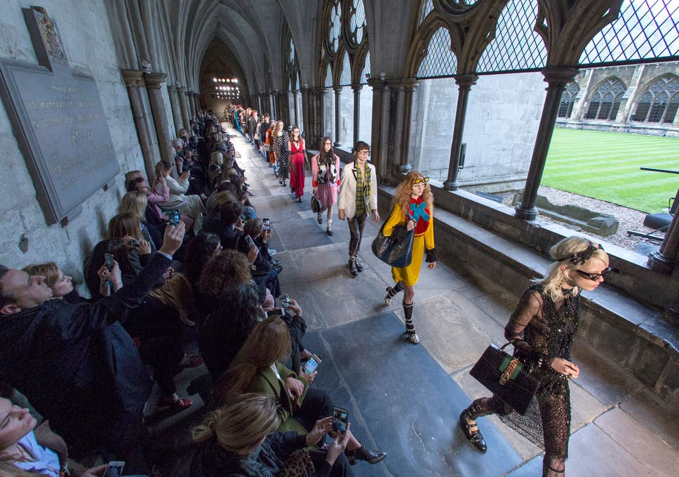 Cruise 2017 Gucci And Dior Take Over Westminster Abbey And Blenheim