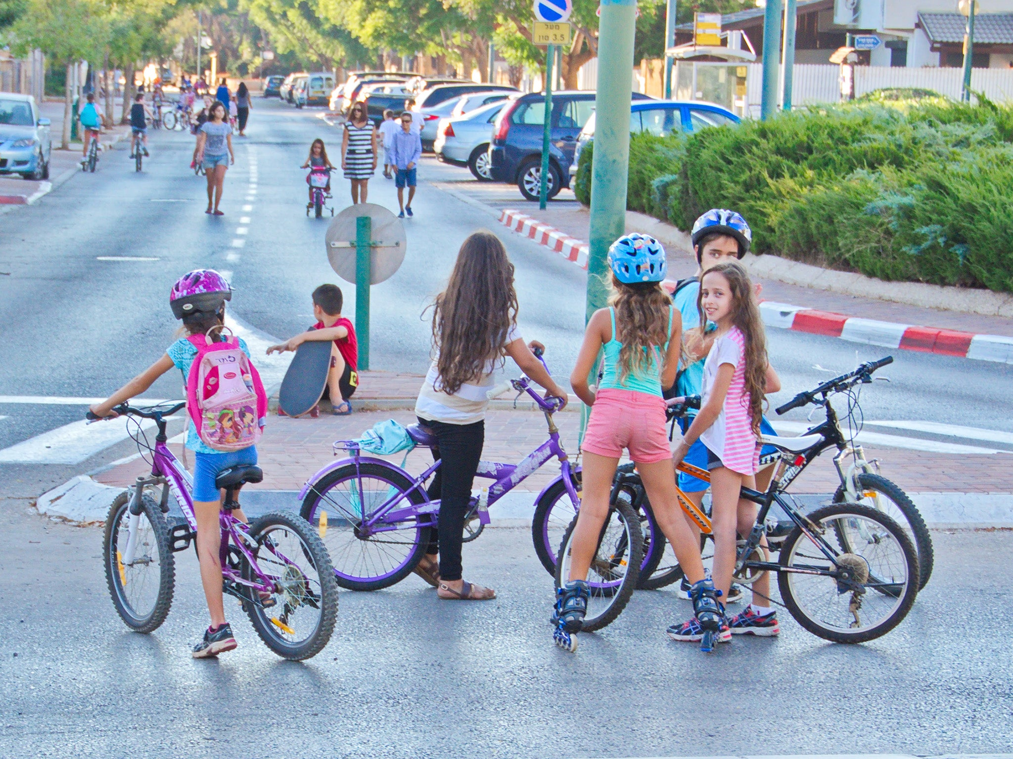 Ultra orthodox israeli rabbi bans girls over five from - Pictures of chicks on bikes ...