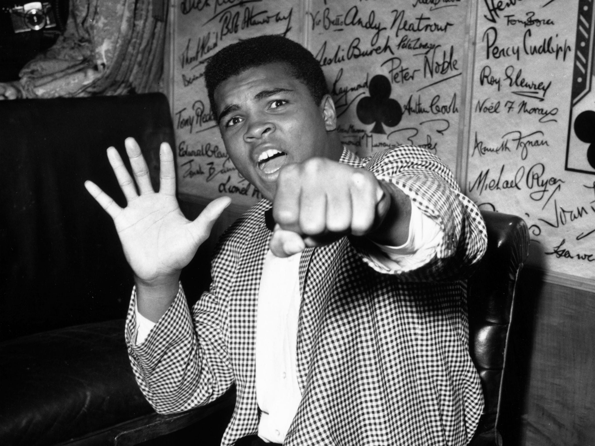 Muhammad Ali Dead Why The Iconic Boxers Hollywood Star Isnt On Walk Of Fame Independent