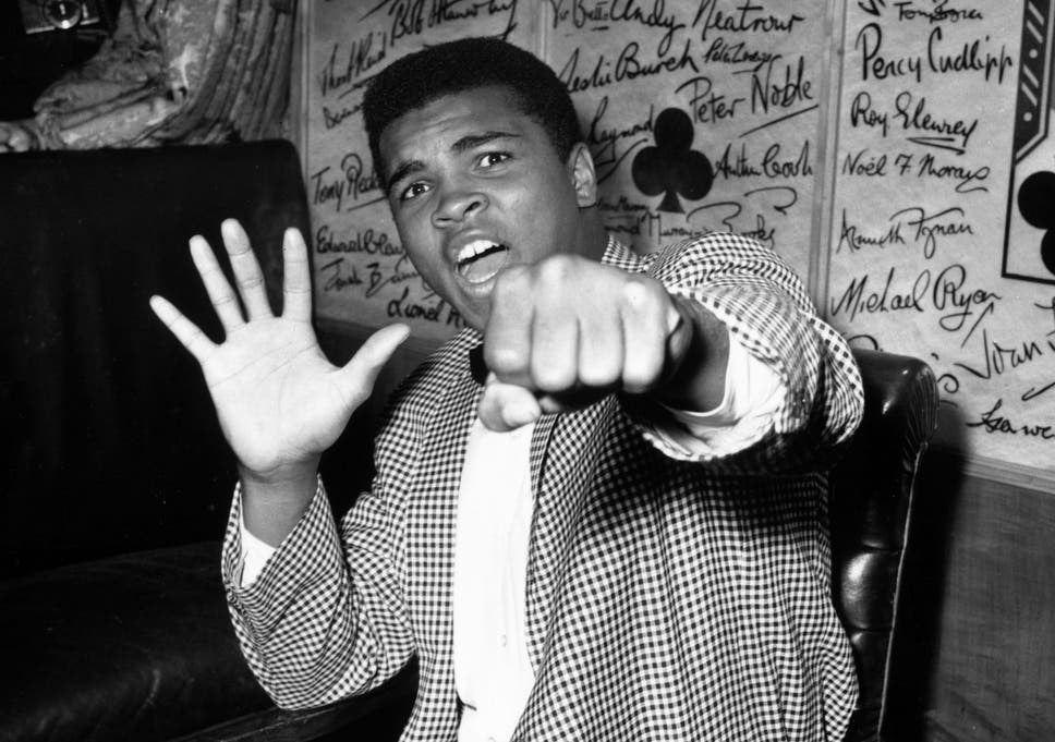 Muhammad Ali Dead Why The Iconic Boxers Hollywood Star Isnt On
