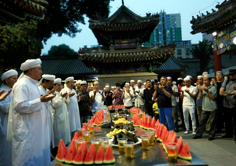 ramadan 2016 china bans civil servants and students from fasting in