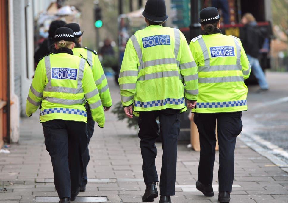 Leeds knife attack: 'Black Friday' shoplifter stabs off-duty police