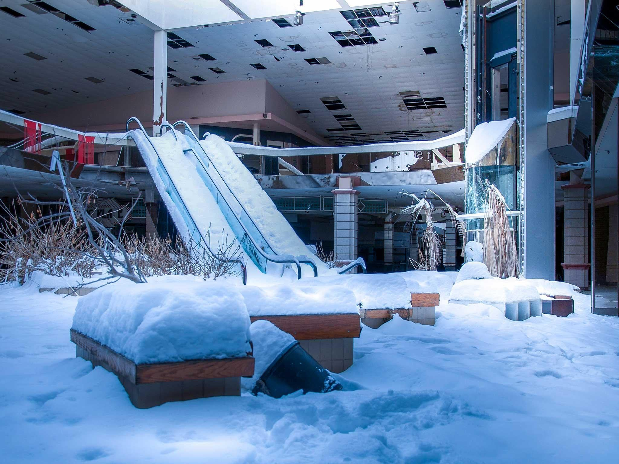 Eerie Images Show America S Deserted Theme Parks Abandoned Shopping Malls And Forsaken Train Stations The Independent The Independent