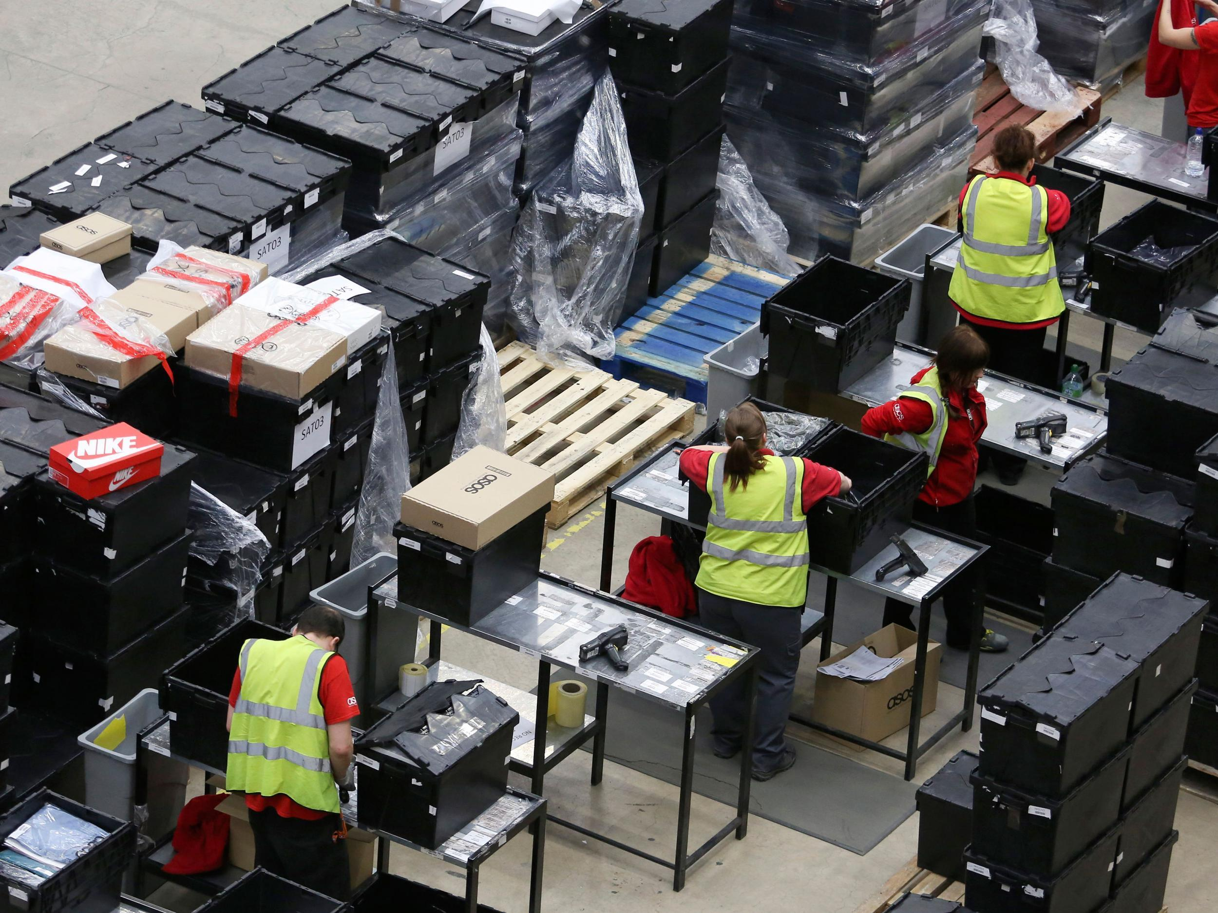 3b4ebf584 ASOS warehouse workers face constant CCTV monitoring and threat of random  searches