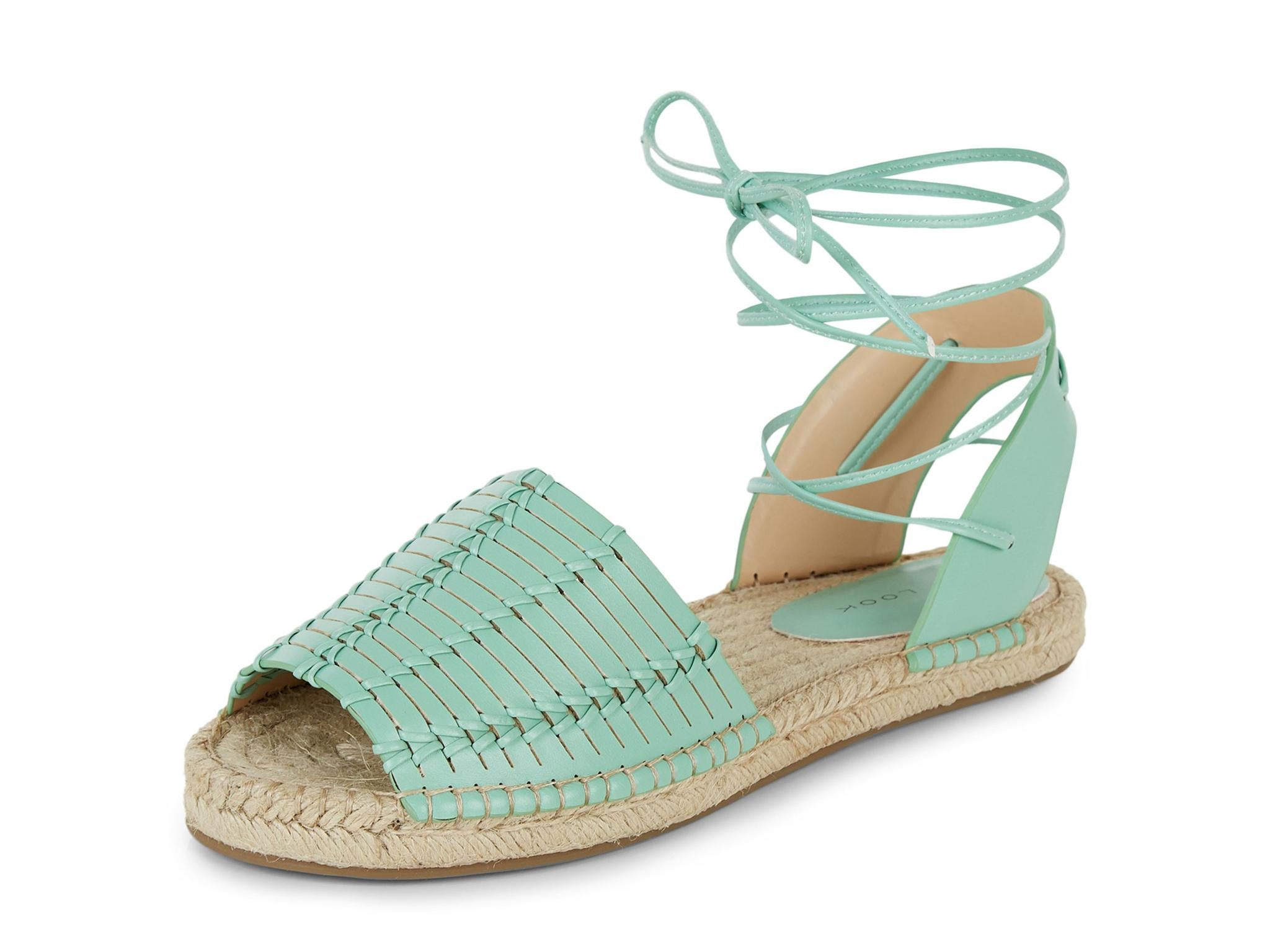 10 Summer Sandals and Bags To Make The Warm Season Hot