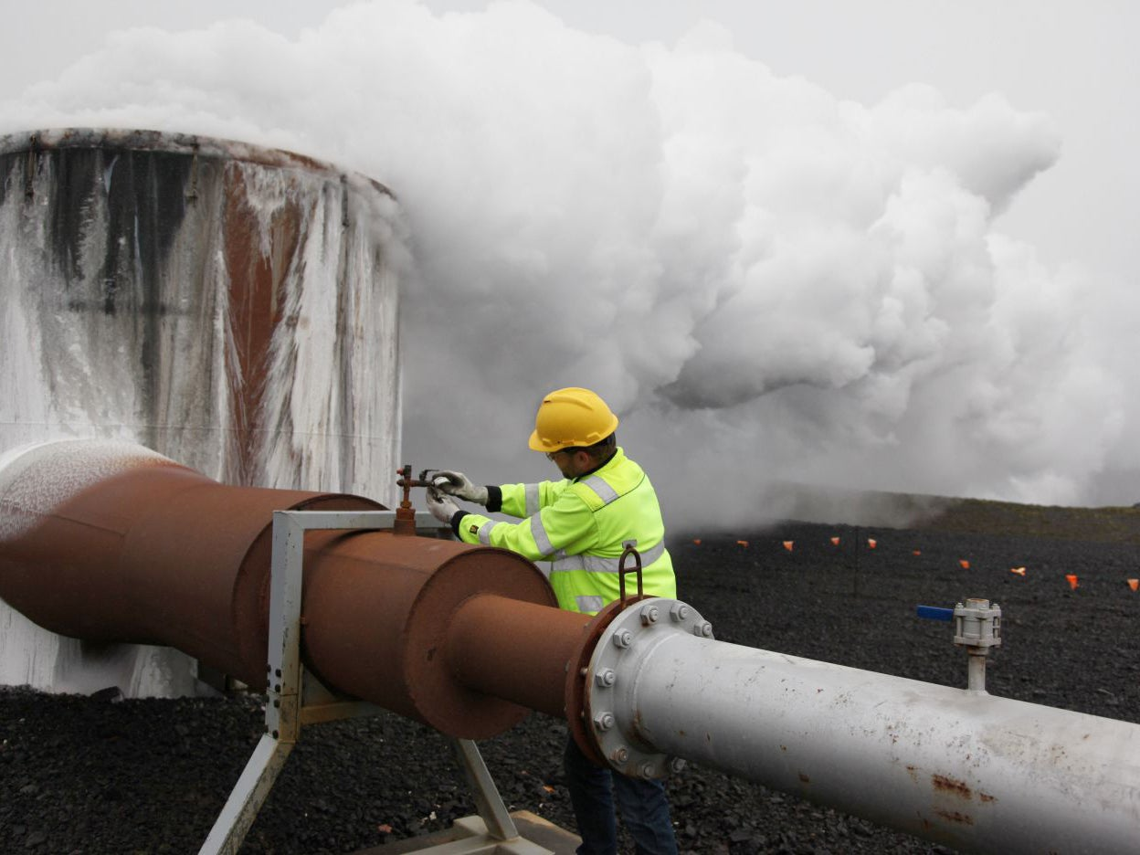 Climate change breakthrough as Iceland turns carbon dioxide into stone