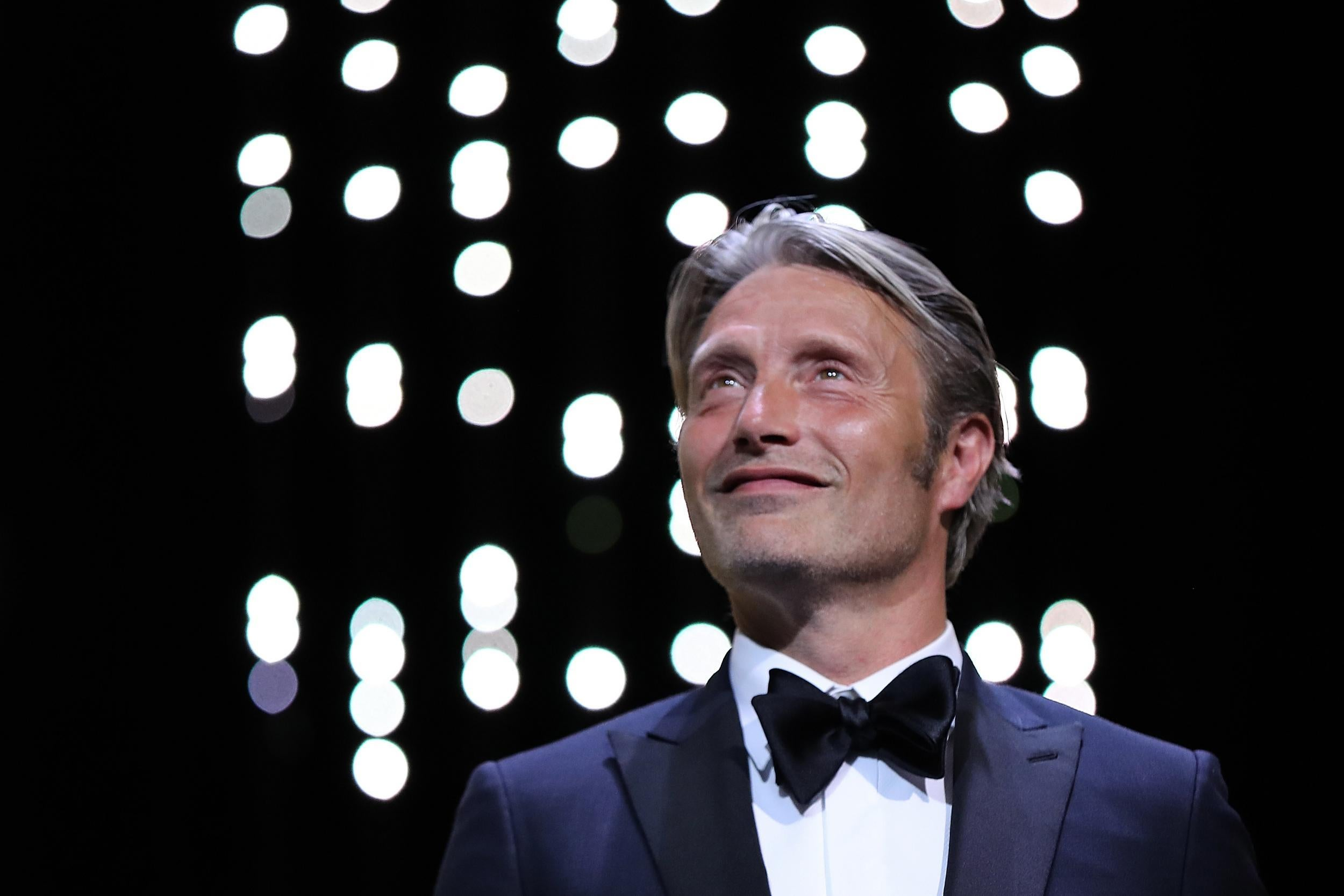 Star Wars Rogue One Reshoots: Mads Mikkelsen Weighs In On