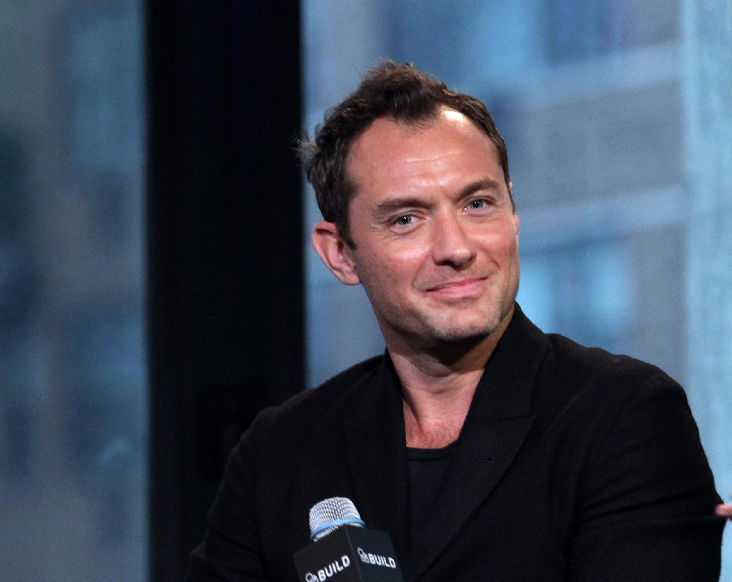 Jude Law Turned Down Superman Because He Hated Wearing The