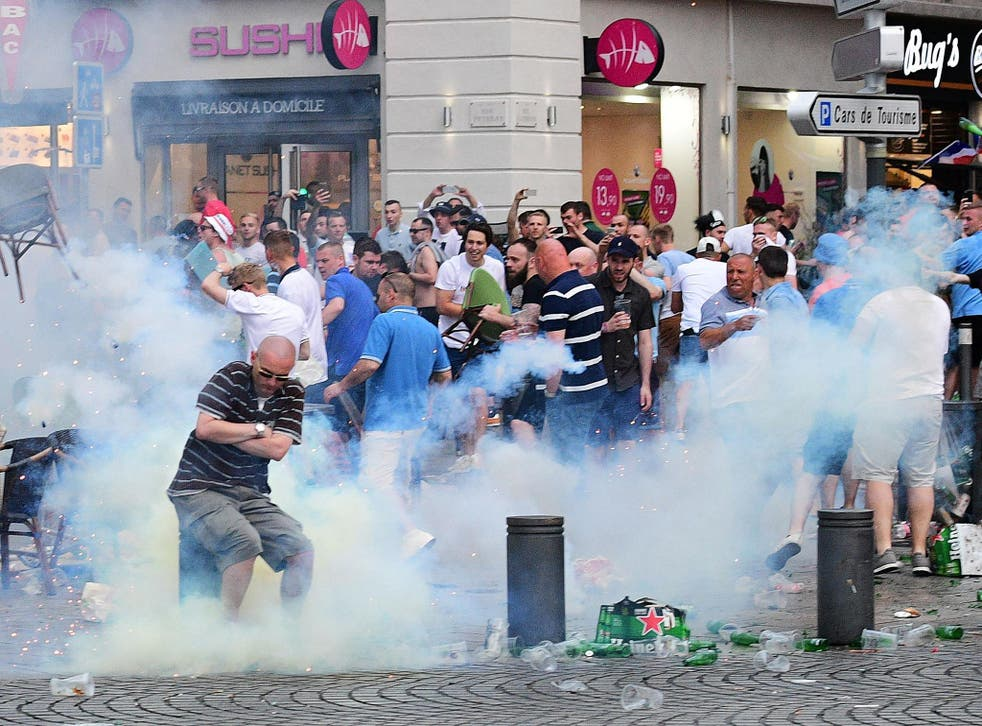 Russian and English fans with both involved in violence in Marseille's old port
