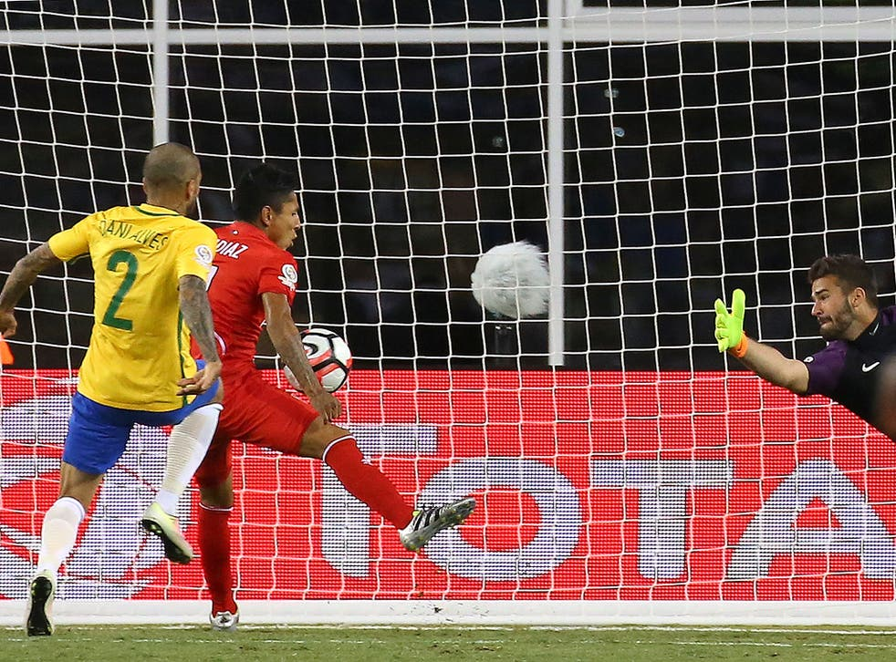 Raul Ruidiaz scores against Brazil with his hand