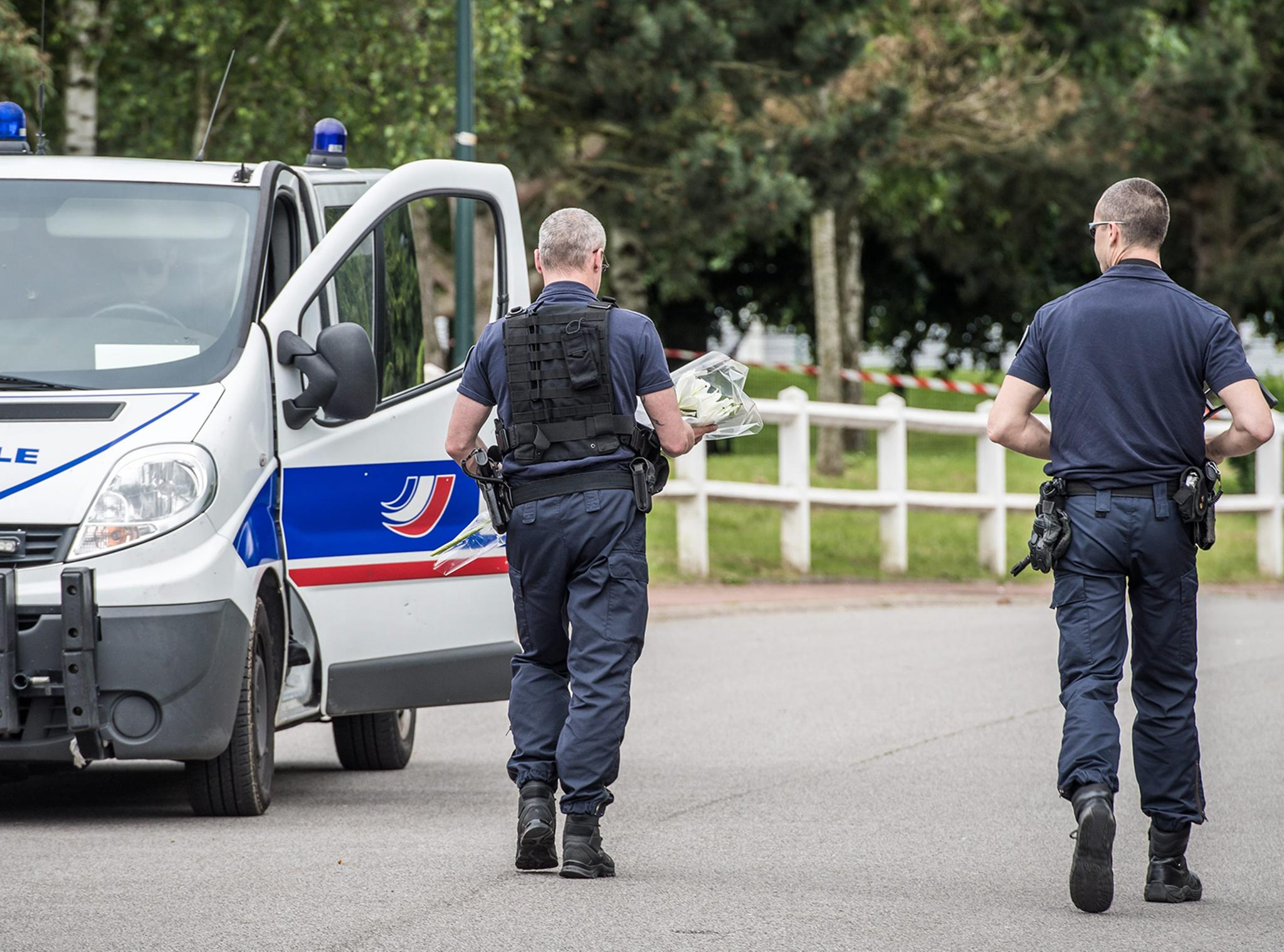France police stabbing: Facebook Live video shows Isis