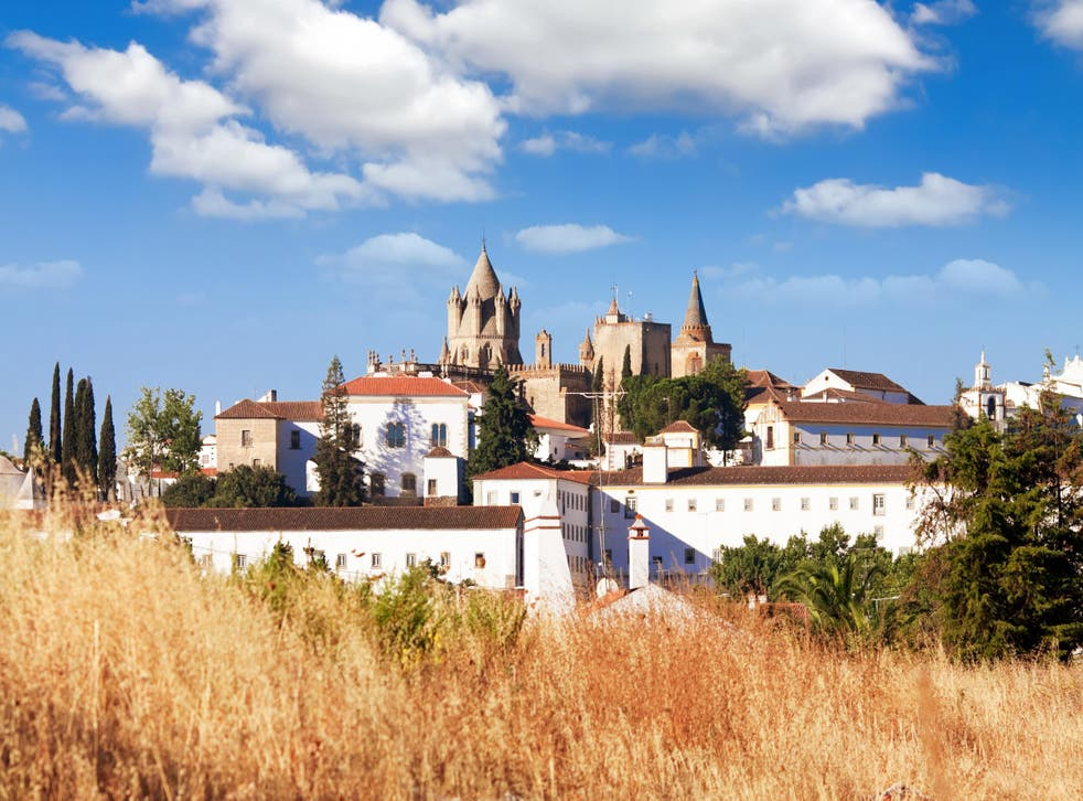The monument is only 15km west of Evora