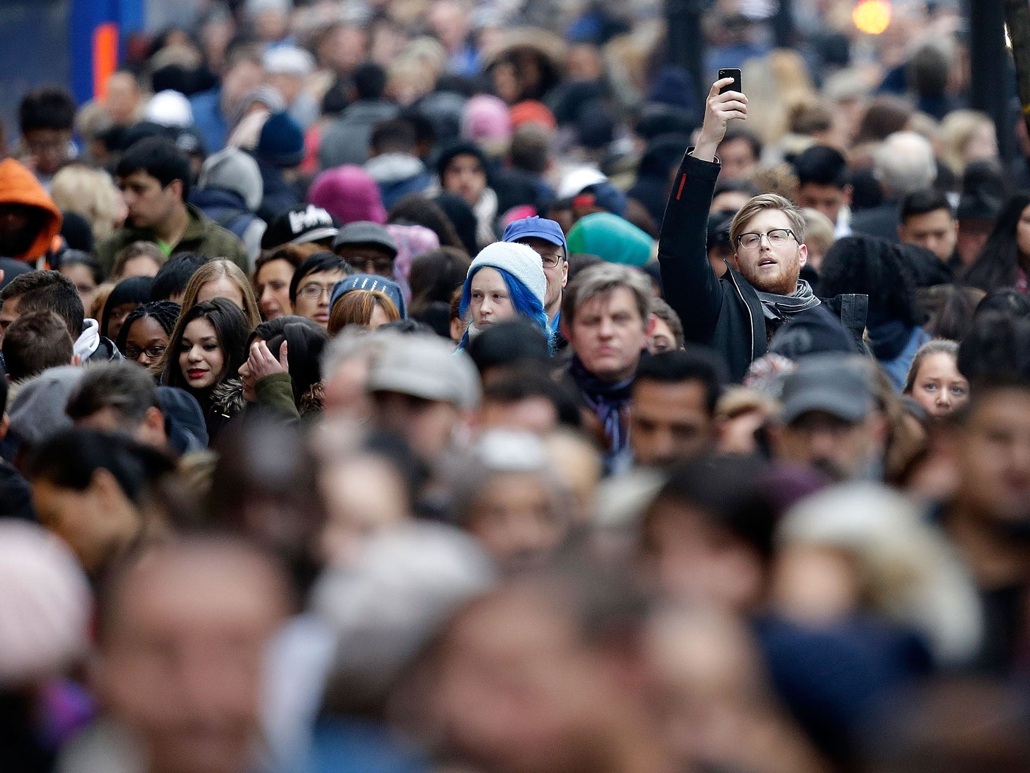UK population grows by half a million in a year to reach 65.1 million | The Independent
