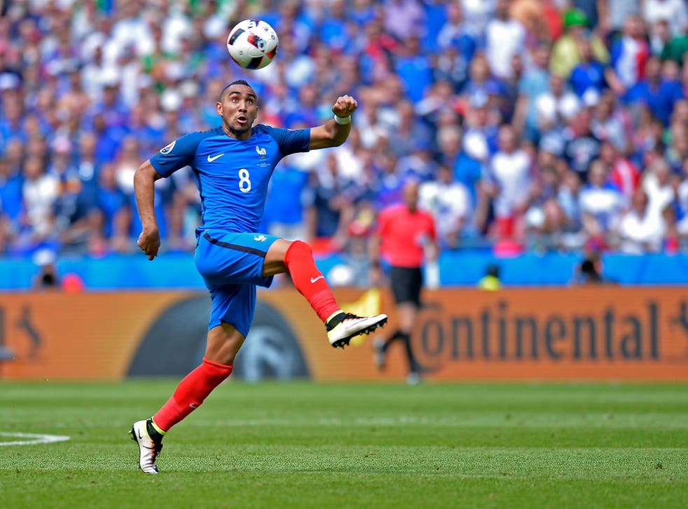 Payet in action for France