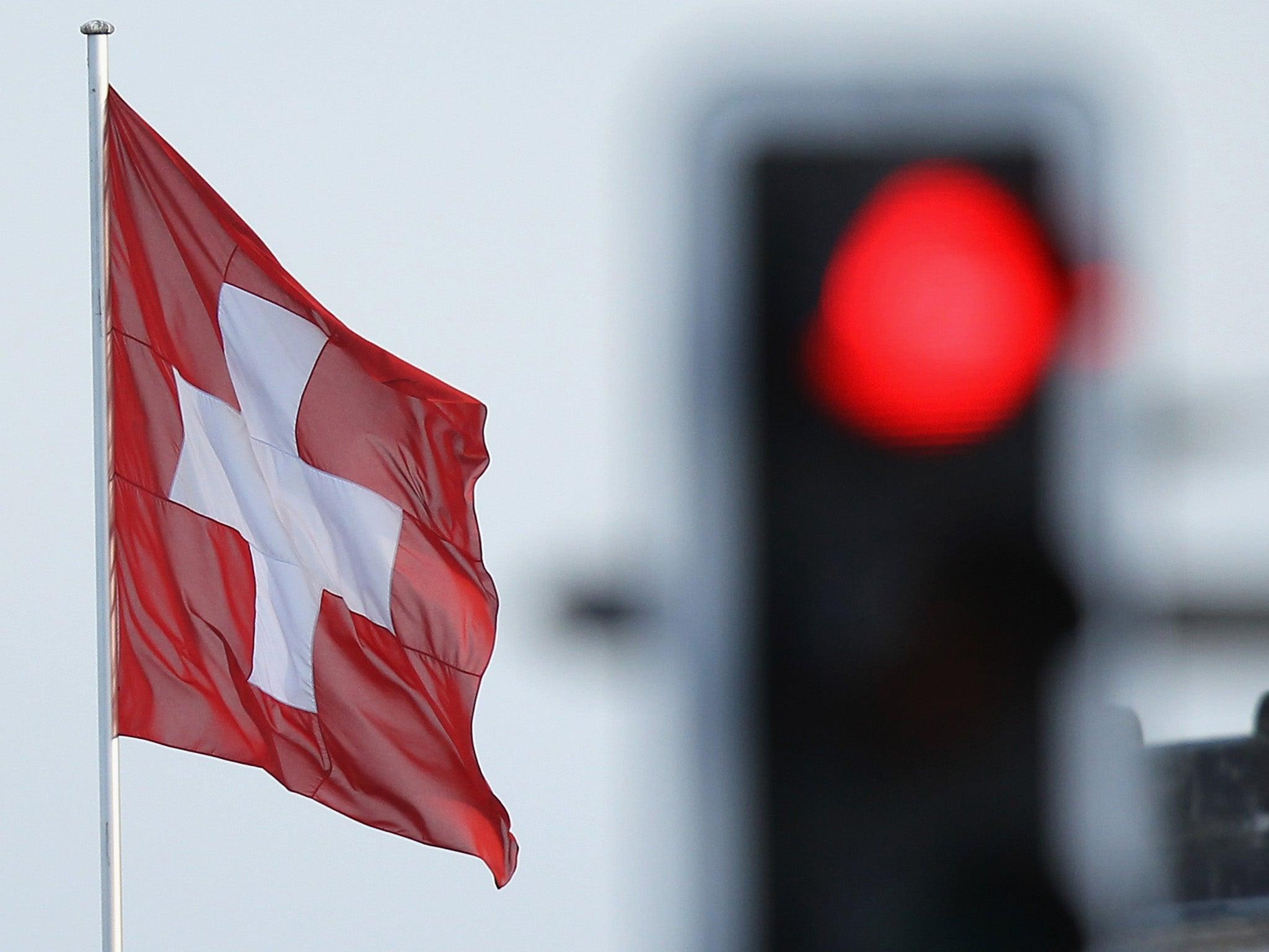 Swiss dating etiquette — photo 12