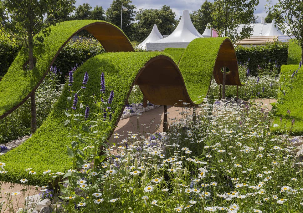 Hampton Court Palace Flower Show 2016 Which Gardens To See And Who