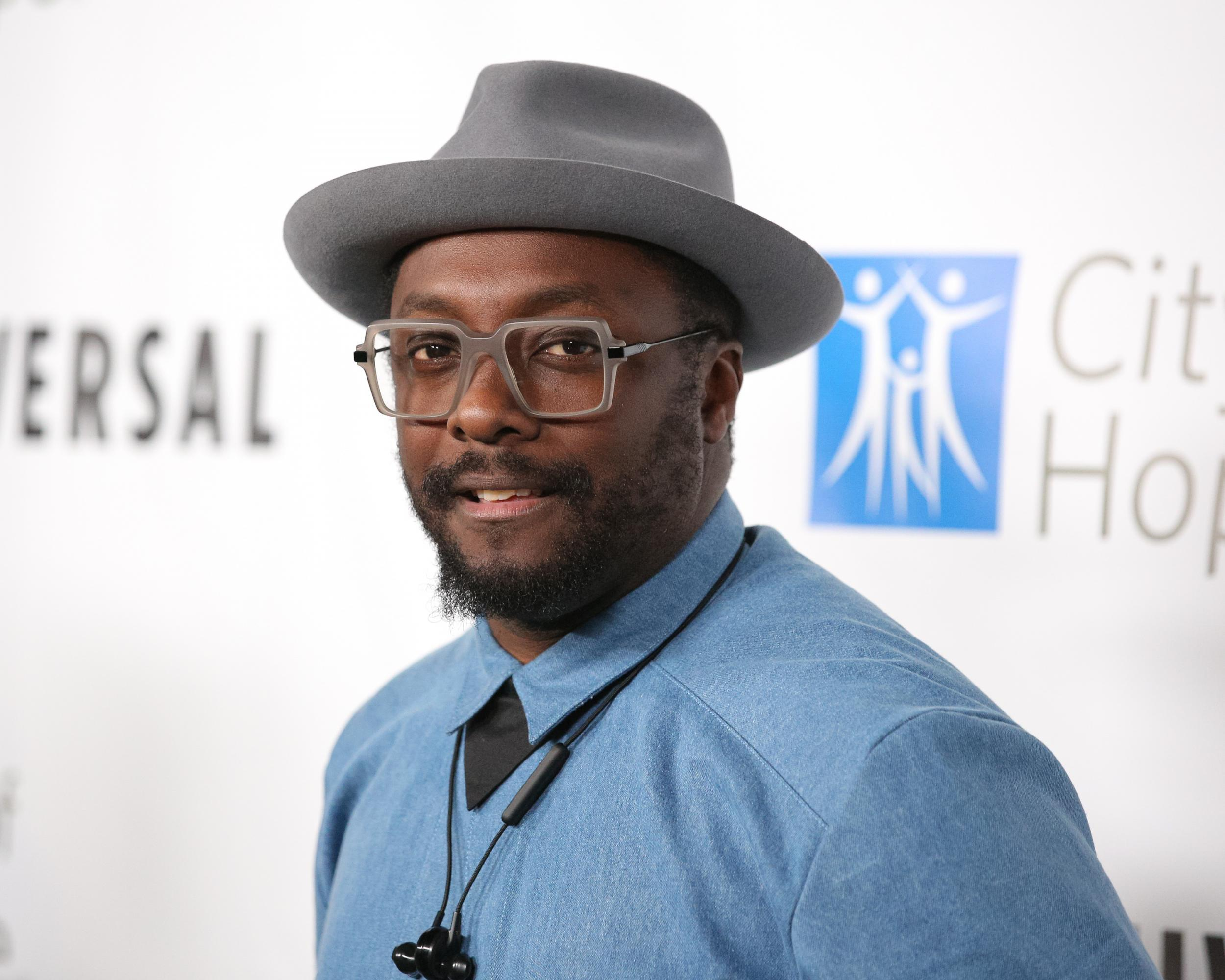 Will.i.am claims 'racist' flight attendant called police on him