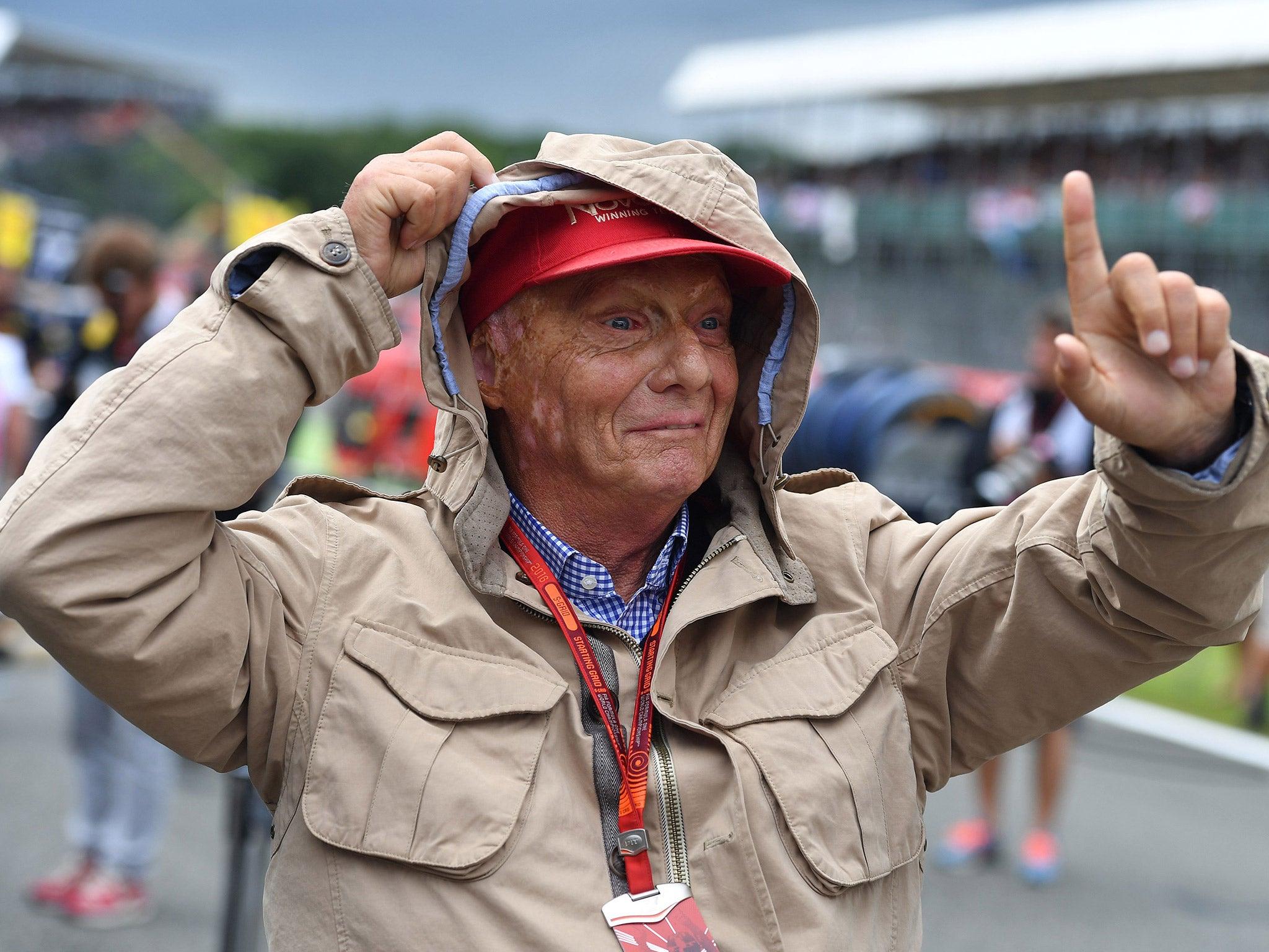 Ryanair takes on Austria, teaming up with Niki Lauda