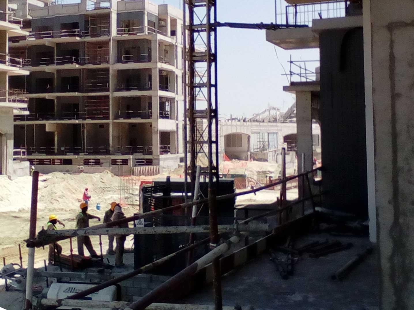 UAE migrant workers 'trapped' in construction jobs on man